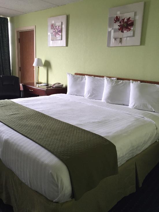 Newark Garden Hotel