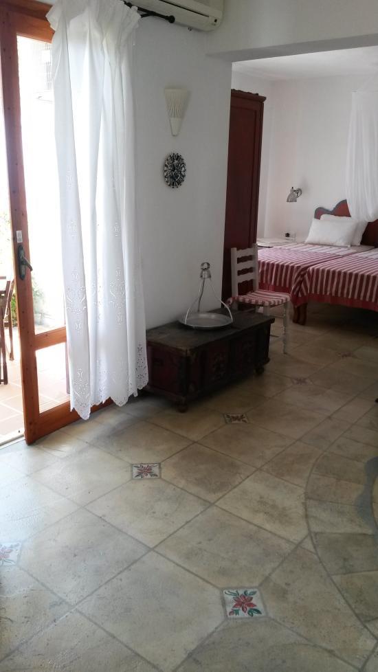 Villa athena bewertungen fotos preisvergleich for Zimmer 0 studios elda