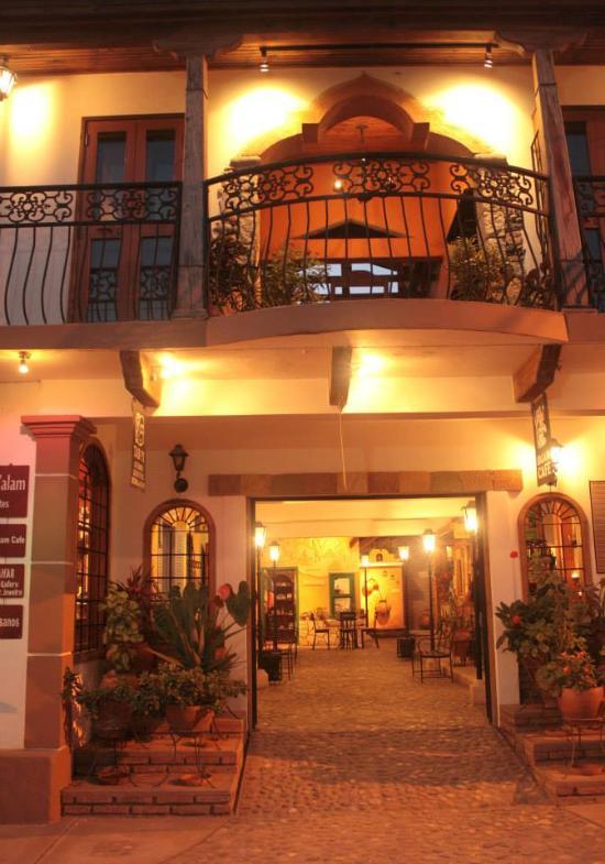 Yat B'alam Boutique Hotel