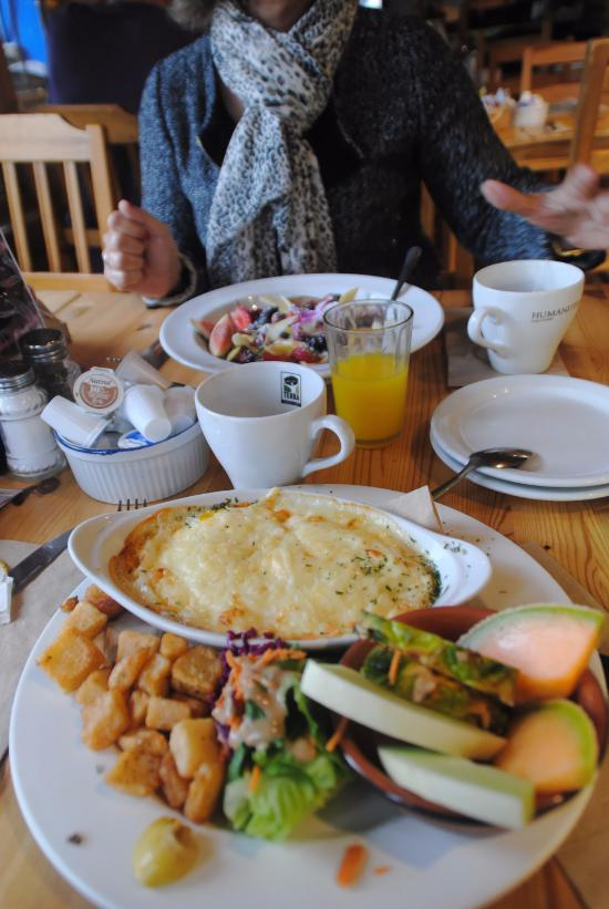 Sainte Adele Breakfast Restaurants