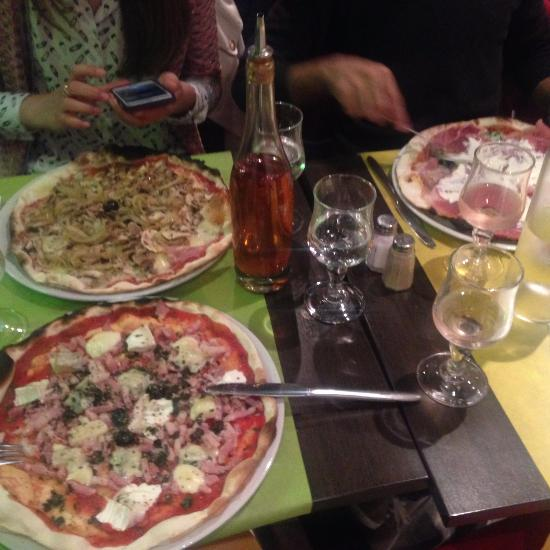 restaurant la pizzeria de l 39 erdre dans nantes avec cuisine italienne. Black Bedroom Furniture Sets. Home Design Ideas