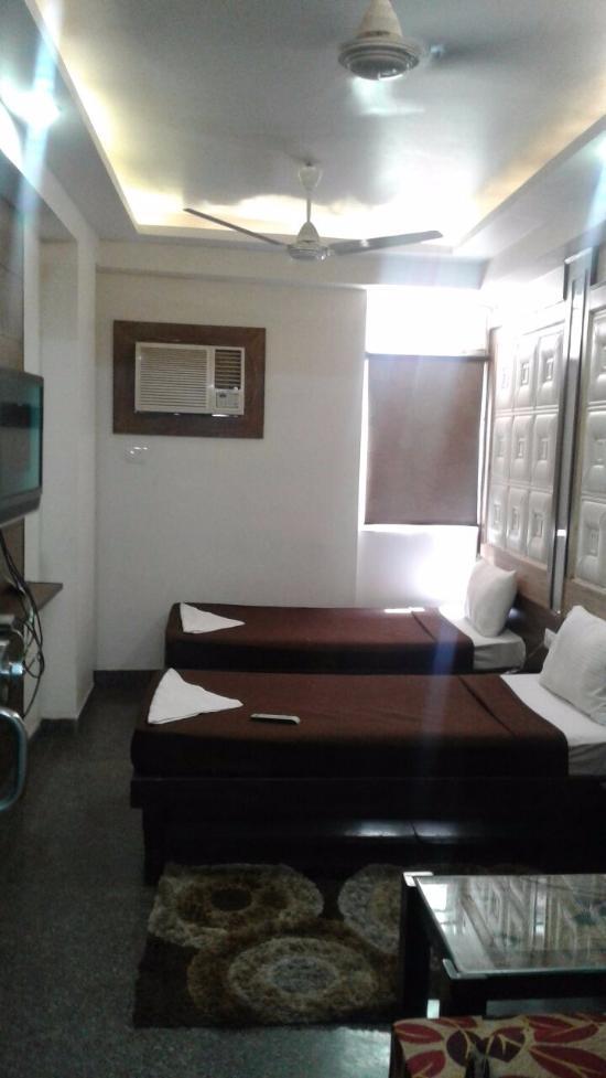 D Dreamz Suites