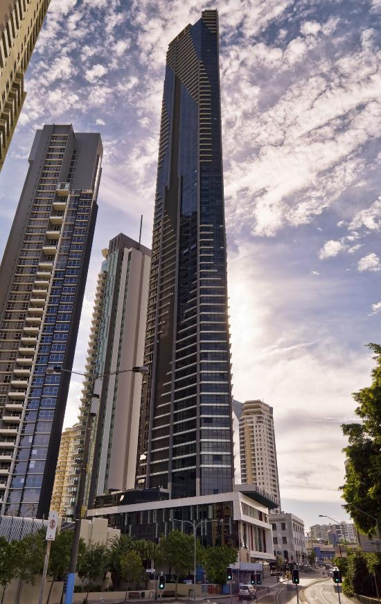 Meriton Serviced Apartments Brisbane on Adelaide Street