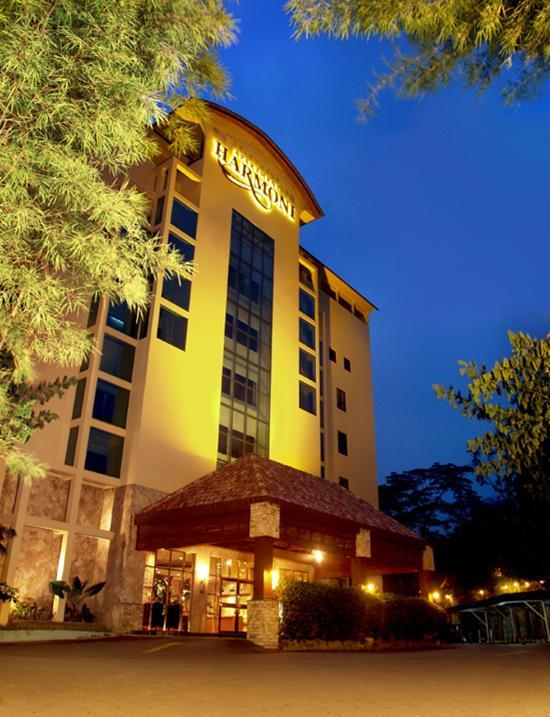 Harmoni Suites Hotel