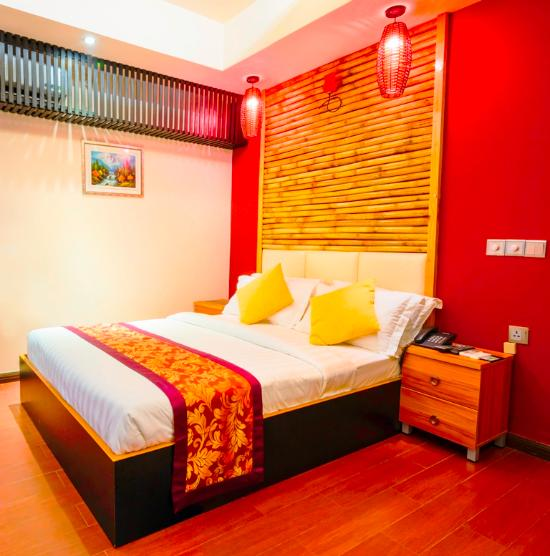 Clear sky inn updated 2018 reviews price comparison for The family room hulhumale