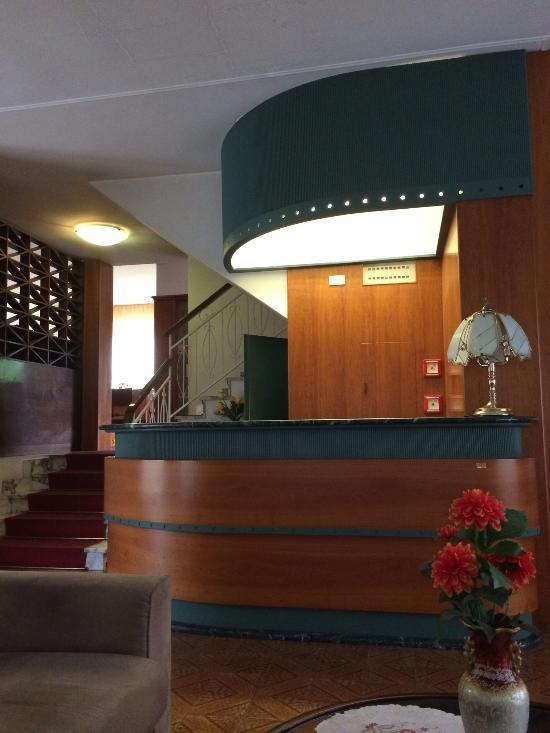 ホテル ジュウジィ