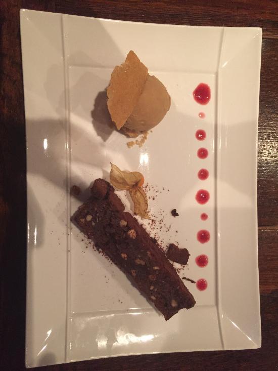 Restaurant La Cloche At The Lion Teddington
