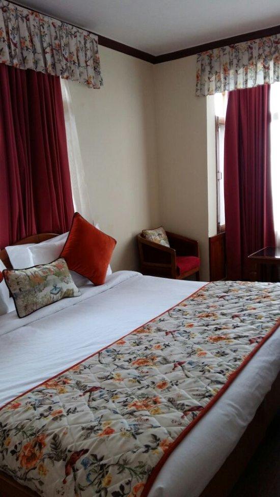 Summit Le Royale Hotel