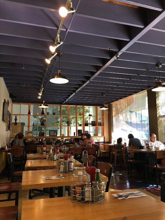 Doyle Street Cafe Emeryville Ca