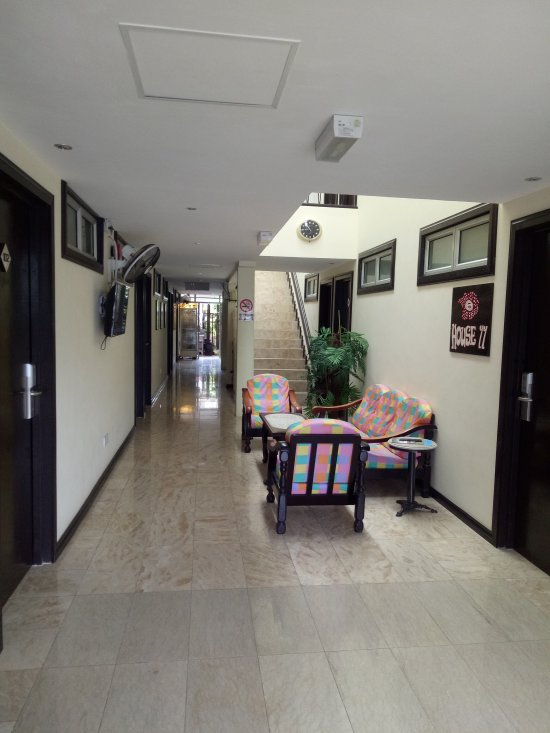 House 11 - Borneo Home
