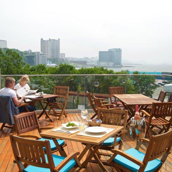Aquarium terrace grill vladivostok restaurant reviews for Terrace 45 restaurant