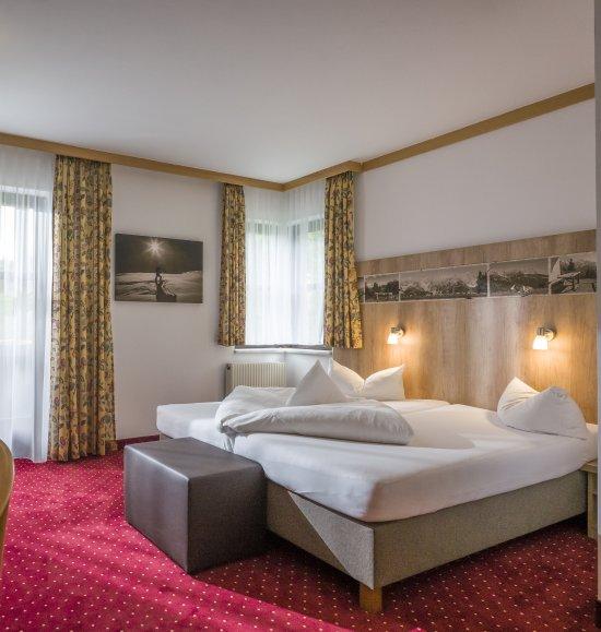 hotel alpin bewertungen fotos preisvergleich scheffau. Black Bedroom Furniture Sets. Home Design Ideas
