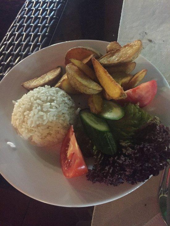Avlu restaurant alanya omd men om restauranger for Alanya turkish cuisine