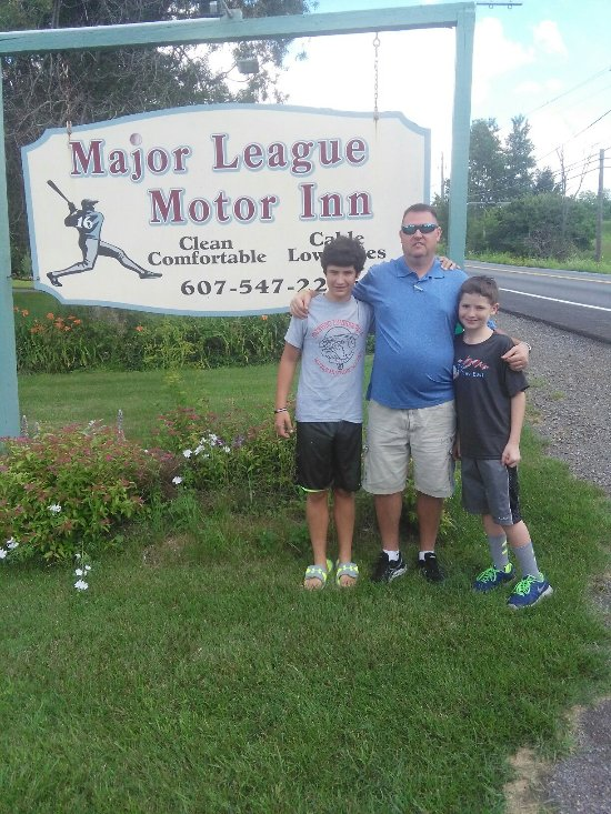 Major League Motor Inn