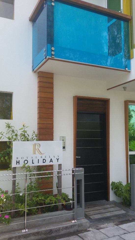 Royal relax holiday hulhumale maladewa review hotel for The family room hulhumale