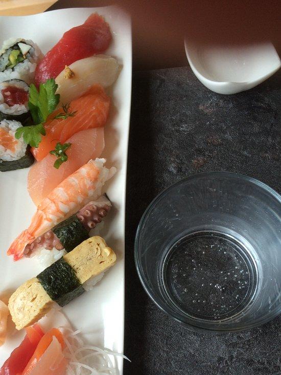 Akina saint pierre recenzje restauracji tripadvisor for Akina japanese cuisine price