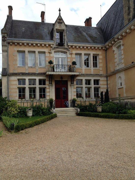 Chateau de Villars