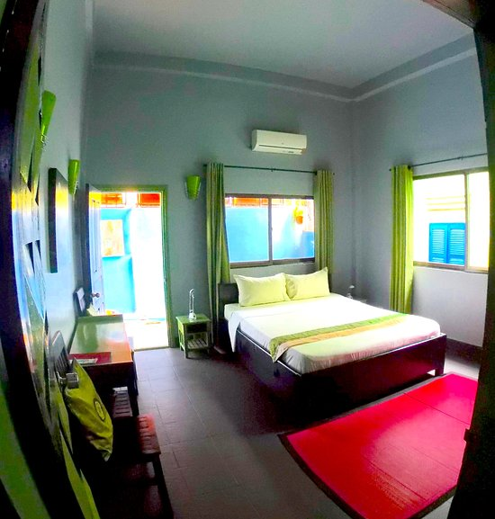 River Queen Guesthouse