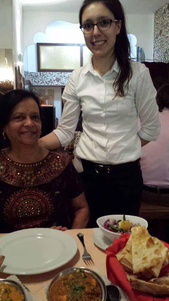 Kashmir indian restaurant budapest 5e arrondissement - Kashmir indian cuisine ...