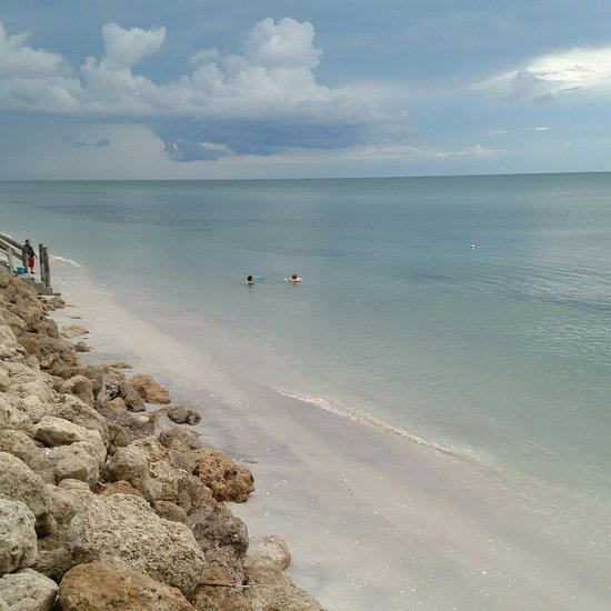 Pelican Shore Cottages - Villa Reviews (Englewood, FL ...