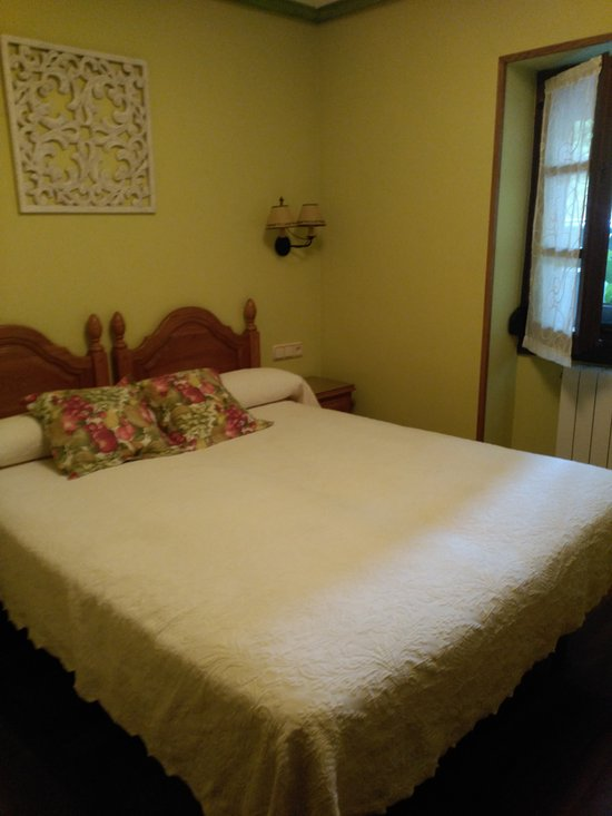 Hostal Rural Onbordi