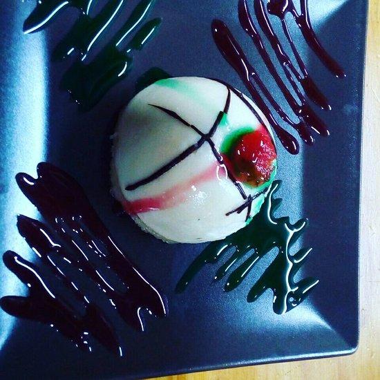 Restaurante esencias del gourmet en alcal de henares con - Cocinas en alcala de henares ...