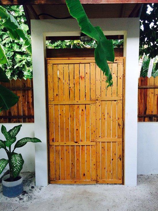 Dhigurah Inn