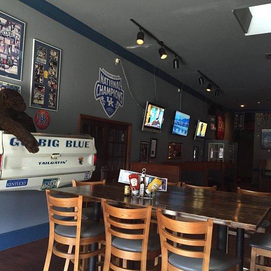 Rookie's Sports Bar, Henderson