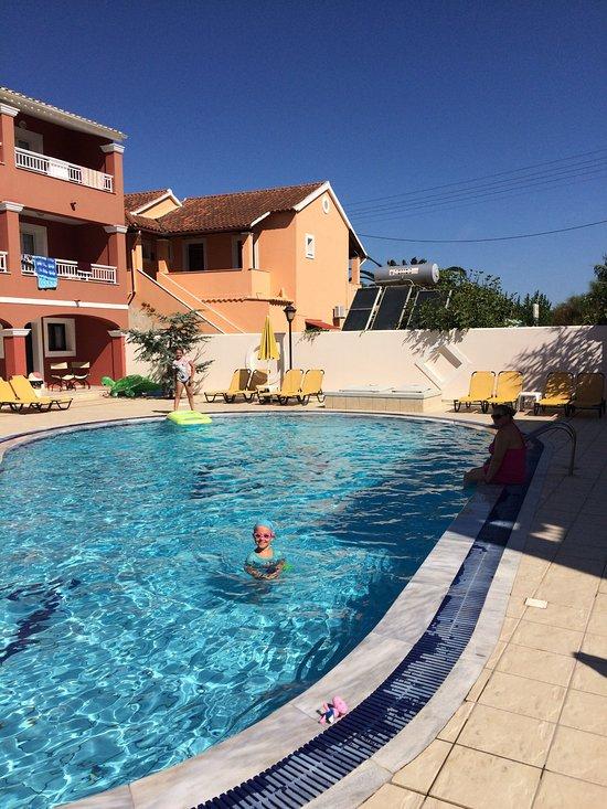 Sellas Hotel