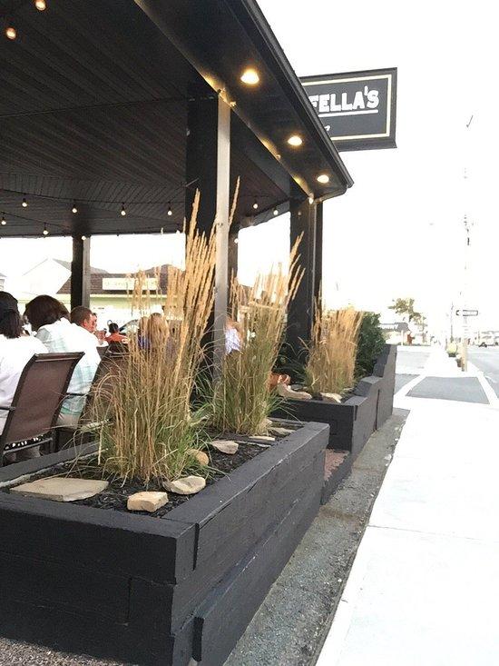 Rockafellas Bar - Reviews | Facebook