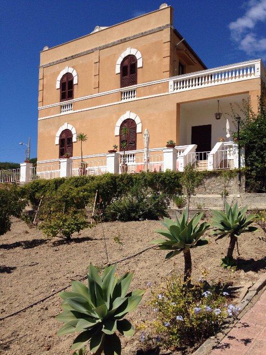 Villa Deleo