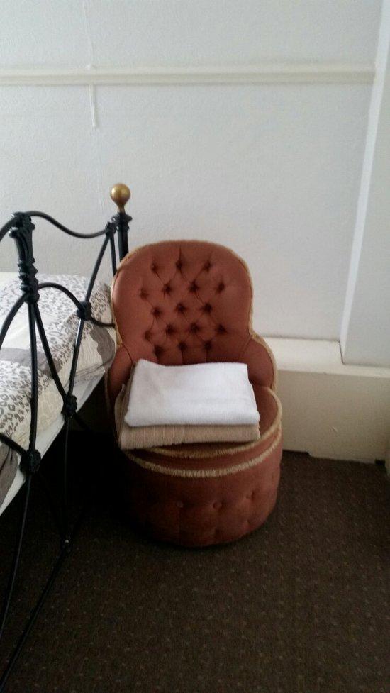 Elmora Private Hotel