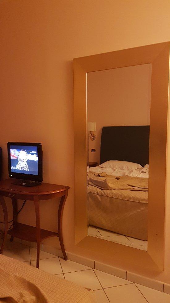 호텔 빌라 알바니