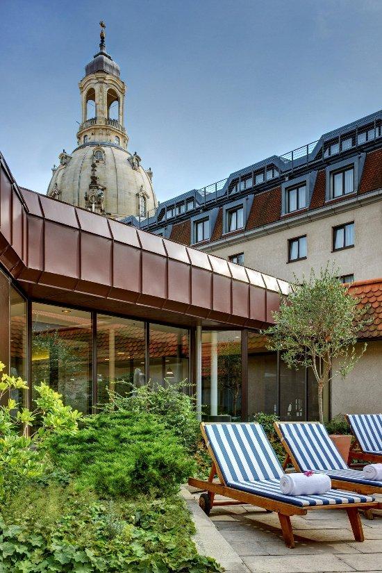 โรงแรมฮิลตัน เดรสเดน