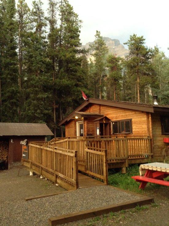 HI Athabasca Falls Wilderness Hostel