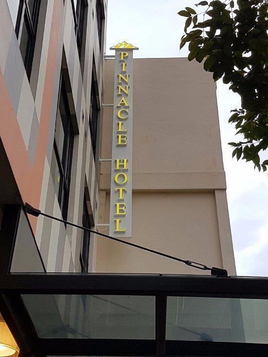 Pinnacle Hotel