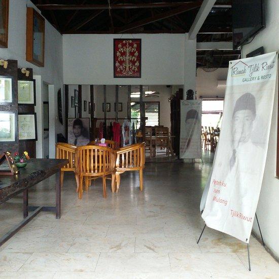 Design Interior Rumah Type 27  rumah tjilik riwut resto gallery palangkaraya