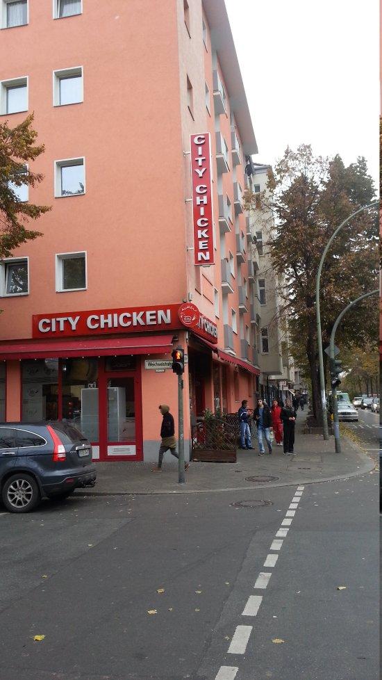 city chicken berlin neuk lln restaurant bewertungen telefonnummer fotos tripadvisor. Black Bedroom Furniture Sets. Home Design Ideas