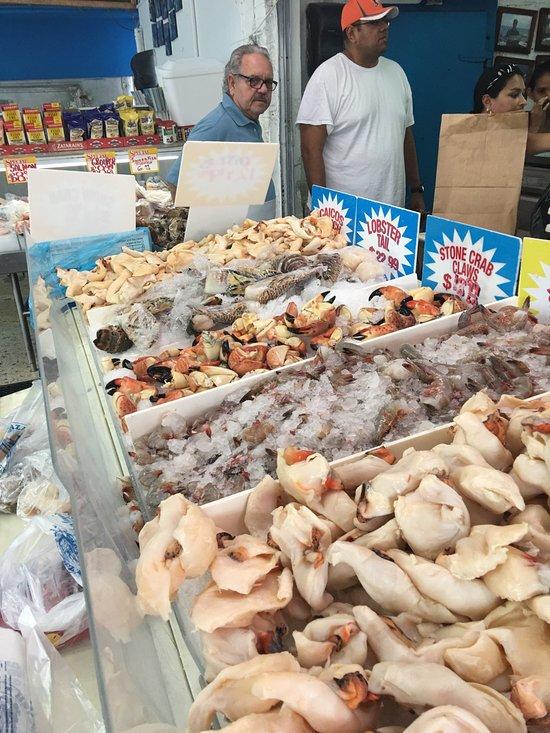 Plaza seafood market miami omd men om restauranger for Fresh fish market miami