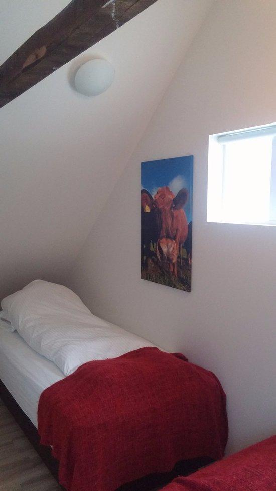 Microbar & Bed