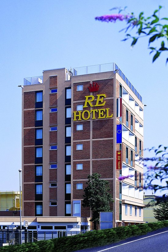 Hotel Re