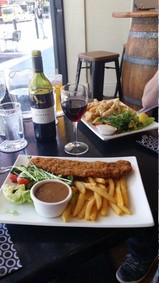 glenelg jetty hotel restaurant reviews phone number photos tripadvisor