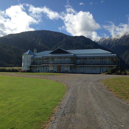 Hukawai Lodge