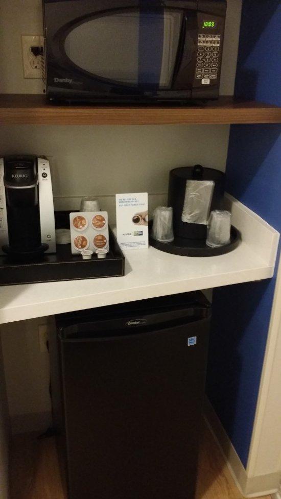 Holiday Inn Express Amp Suites Lexington Park California
