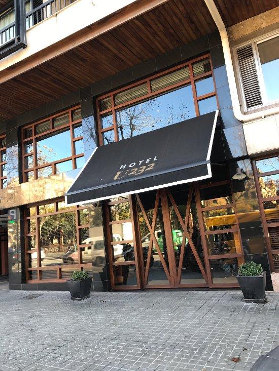 U232 호텔