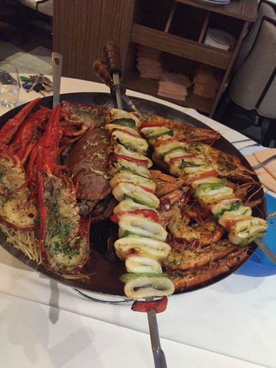 crabe royal thai and spicy paris ch teau d 39 eau gare du nord restaurant reviews photos. Black Bedroom Furniture Sets. Home Design Ideas