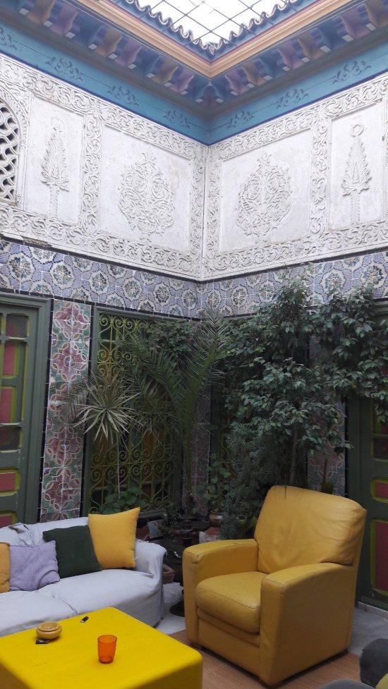 La chambre bleue b b tunis tunisie voir les tarifs for Chambre bleue tunis