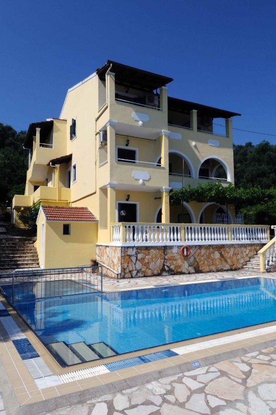 Apollon Apartments Villa Reviews Kassiopi Corfu