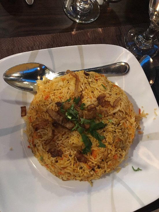 Aman 39 s indian bistro easton restaurant reviews phone for Amans indian cuisine