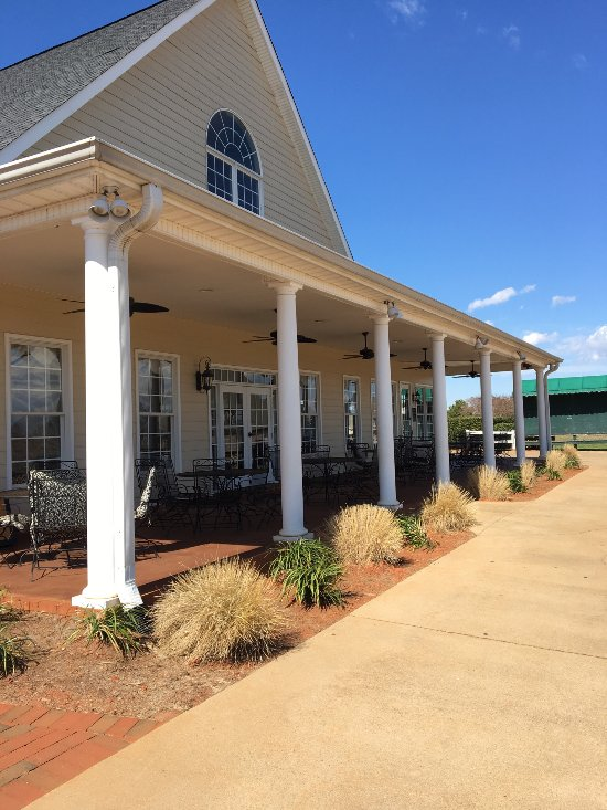 Things To Do in Russian Chapel Hills Winery, Restaurants in Russian Chapel Hills Winery